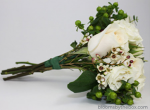 diy wedding bouquet wrap with floral tape